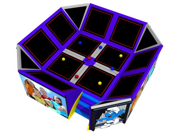 ترامبولين للأطفال للقفز ولعب كرة المراوغة