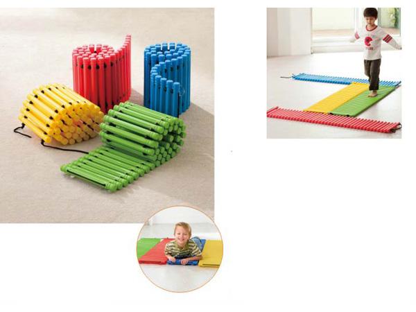 Sensoriese speelding stel balanseerpaaie vir kinders om balans te hou